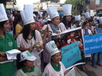 Cambodia: Domestic workers organised IHRD event march and submit petition for ratify ILO C189