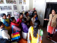 India: Domestic workers' visit to the cooperative