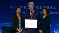 USA: Bill Clinton signing NDWA Fair Care Pledge