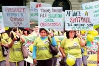 Perú: ¿Por Qué Permitimos Que A Ellas Les Violen Sus Derechos? Las Trabajadoras Del Hogar En El Perú