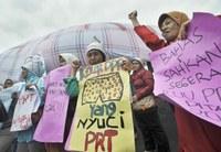 Indonésie : Abroger la loi omnibus, arrêter l'informatisation du travail, promulguer le projet de loi sur la protection des travailleuses domestiques !